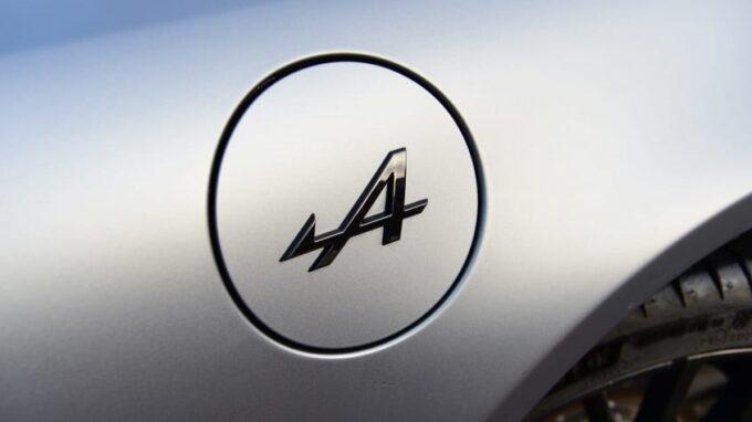 Renault, la gamma sportiva potrebbe identificarsi col brand Alpine