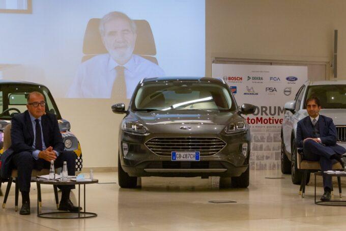 """Forum AutoMotive, appello della filiera al Governo: """"Subito un Piano Nazionale Strategico per la mobilità"""""""