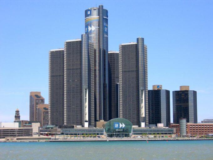General Motors presenta la terza causa legale contro FCA