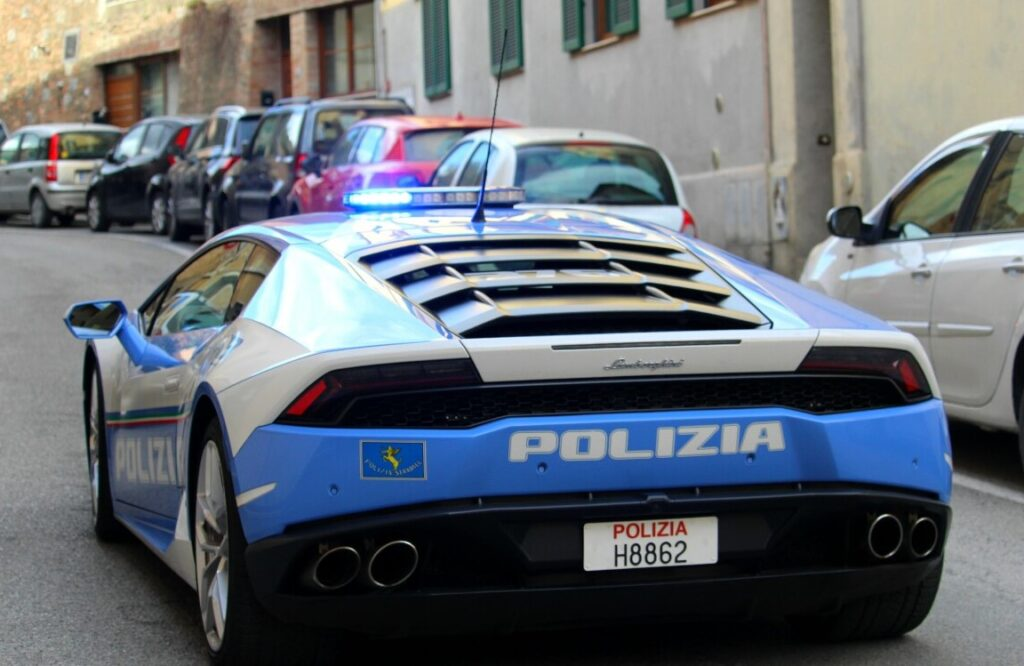 Lamborghini Huracan della Polizia: a 230 km/h per trasportare un rene da Padova a Roma