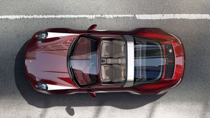 Ibrahimovic si regala una Porsche 911 Targa 4S Heritage Design per i suoi 39 anni
