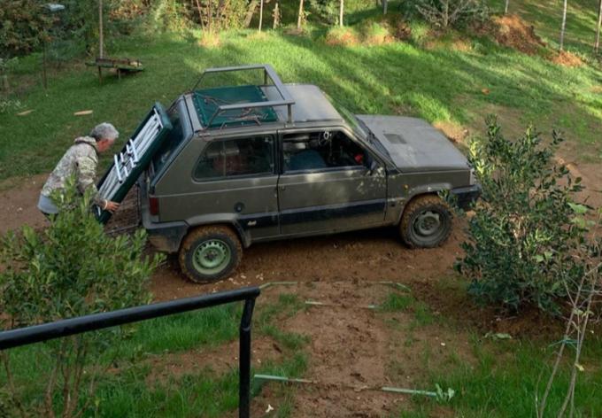 Roberto Baggio con la Fiat Panda 4×4: coppia di icone d'italianità