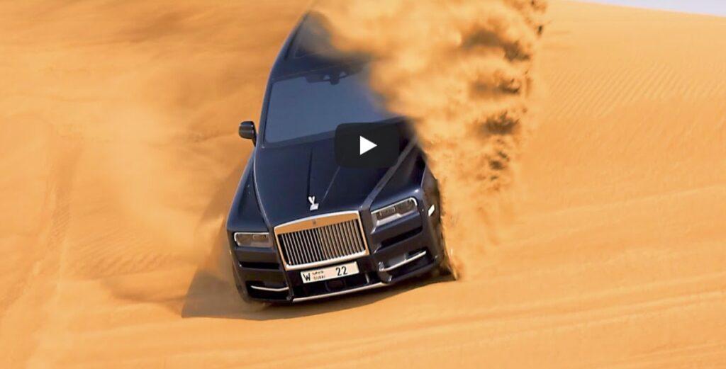 Rolls-Royce Cullinan: come arrampicarsi sulle dune del deserto con 330 mila euro di SUV [VIDEO]