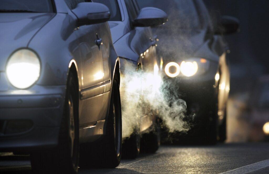 Emissioni inquinanti, taglio del 60% entro il 2030: c'è il si del Parlamento Europeo