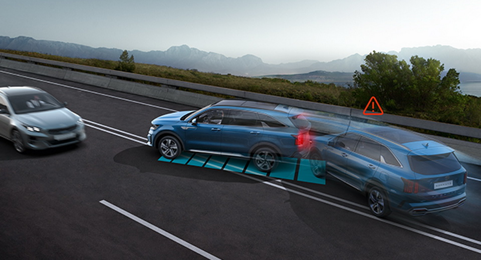 Kia Sorento 2021: arriva un innovativo sistema di frenata multi-collisione