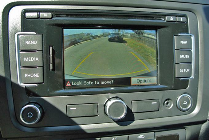 Telecamera 360° e sensori di parcheggio: ecco come funzionano