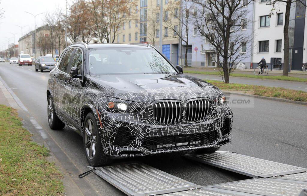 BMW X5 2021 - Foto spia 24-11-2020