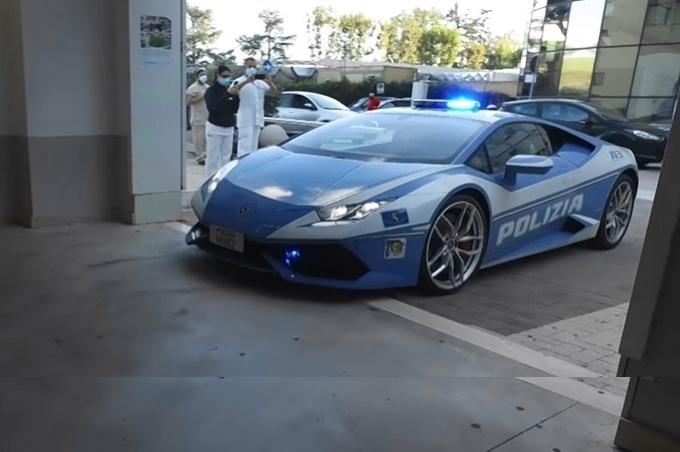 Lamborghini Huracan: la Polizia di Stato spiega perché e quando ricorre all'uso della supercar