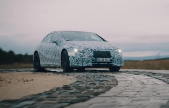Mercedes EQA ed EQS: dettagli sulle nuove elettriche che continuano i test [VIDEO]