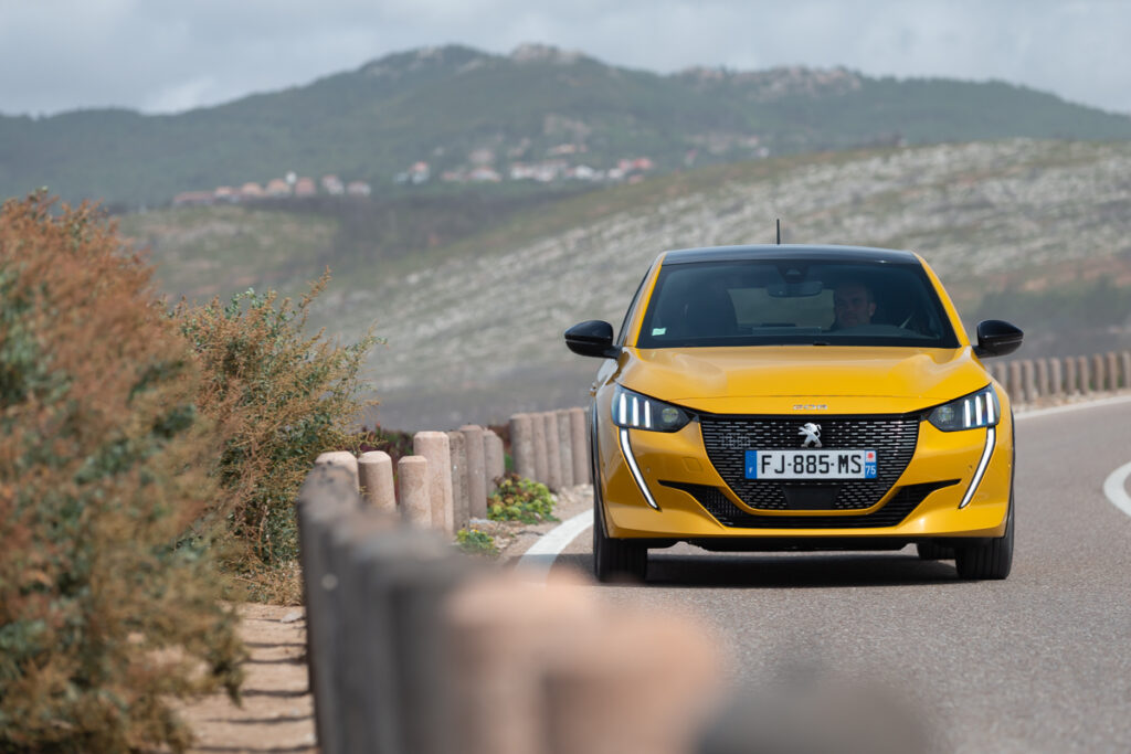 Peugeot 208: cambia la gamma, a partire da 15.700 euro