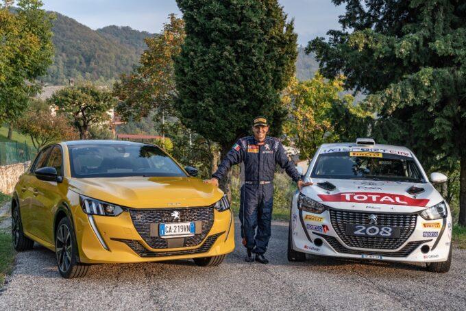 Nuova Peugeot 208: Paolo Andreucci la guida così [VIDEO]