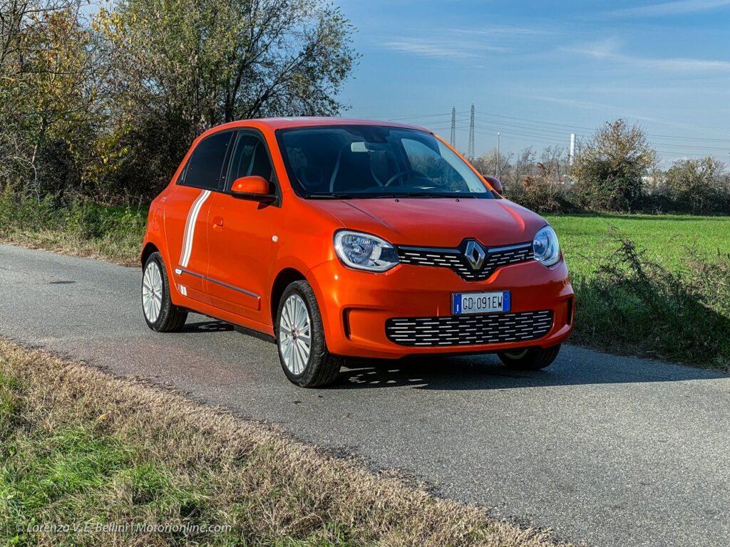 Renault Twingo Electric: Francesco Fontana Giusti ci guida tra i segreti della nuova city car a zero emissioni [VIDEO]