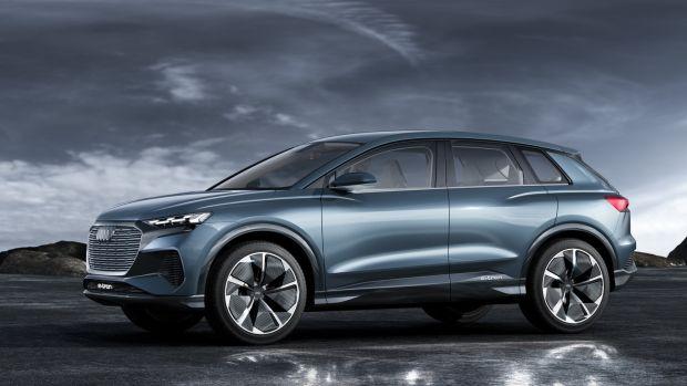 """Audi: Duesmann è sicuro. """"Pochissime auto col motore termico dopo il 2030""""."""