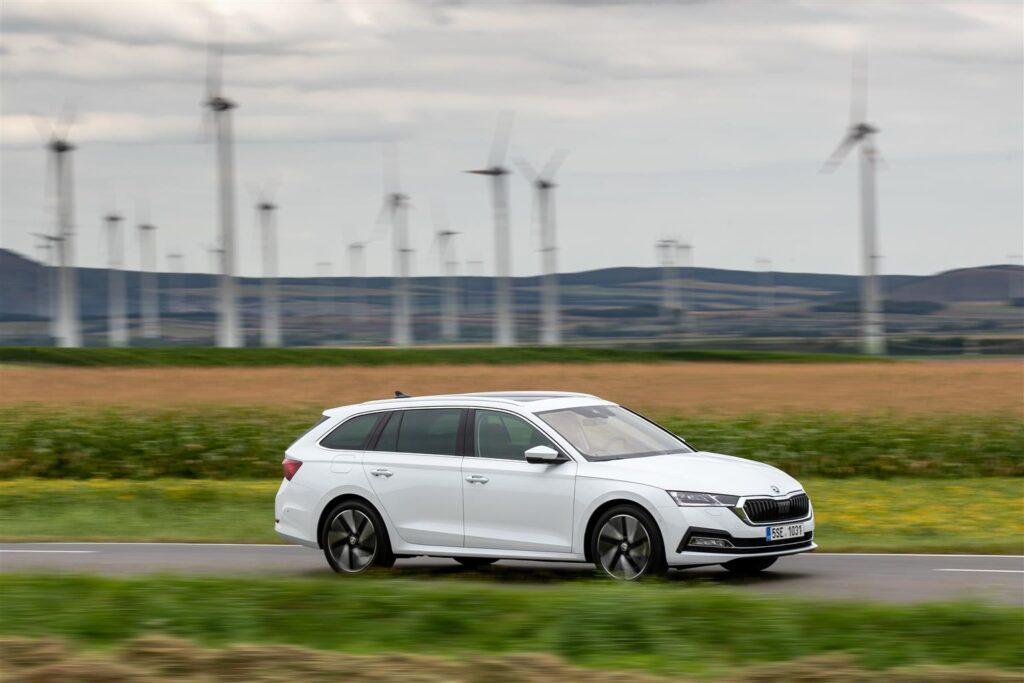 Skoda Octavia 2020: ora anche 1.5 mild-hybrid con diverse novità