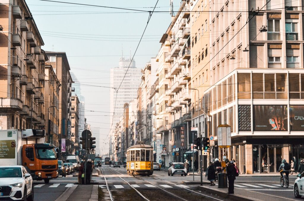 Lombardia, Piemonte e Calabria zona arancione: cosa cambia