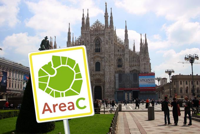 Milano: parcheggio libero sulle strisce blu, sospesa Area C
