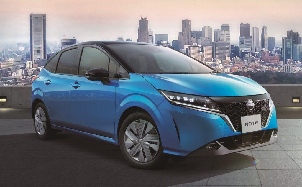 Nissan Note 2021: la terza generazione è solo elettrificata [VIDEO]