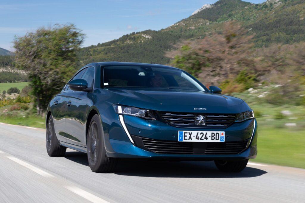 Peugeot 508: si rinnovano gamma e motori, da 32.500 euro