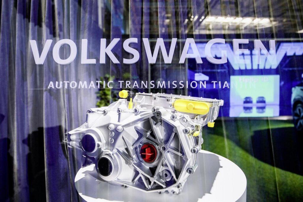 Volkswagen: avviata la produzione di motori elettrici in Cina