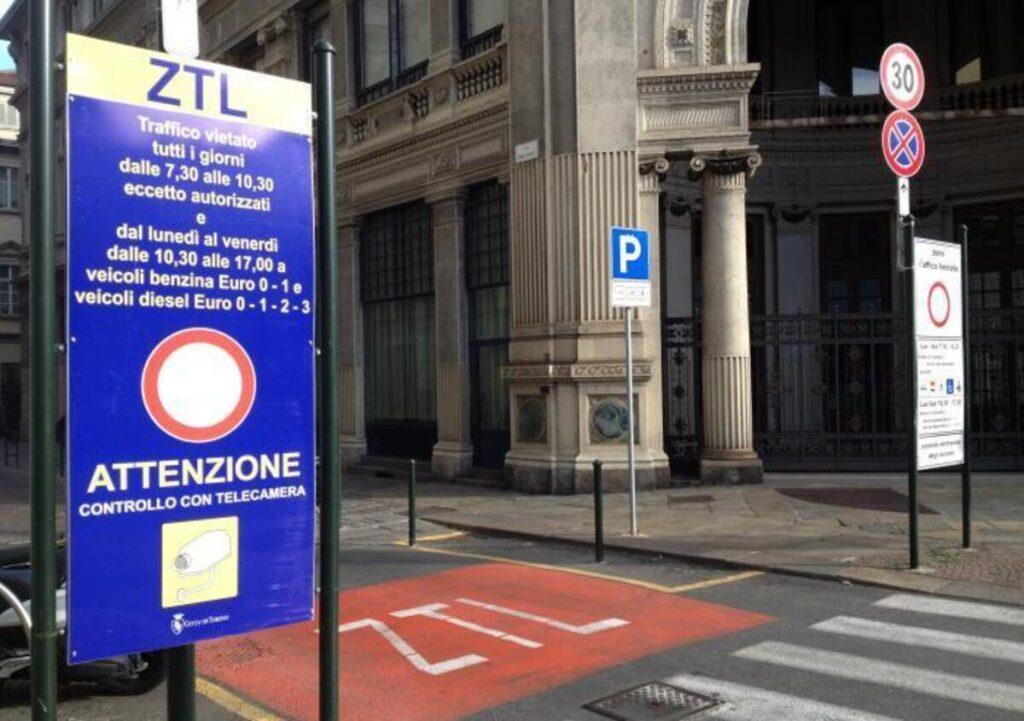 Torino: sospesa la ZTL in centro fino a sabato 5 dicembre