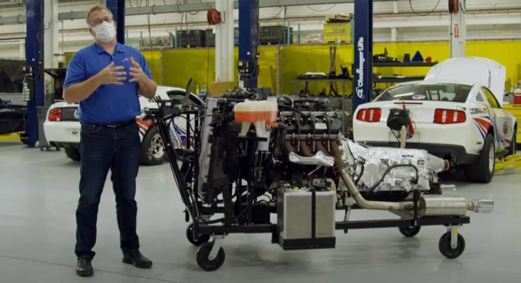 """Ford a lavoro sul nuovo motore """"Megazilla"""" basato sul V8 """"Godzilla"""" da 7.3 litri [VIDEO]"""
