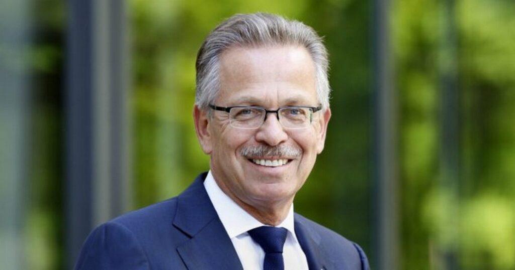 Bosch: Franz Fehrenbach critica l'Europa che favorisce le auto elettriche
