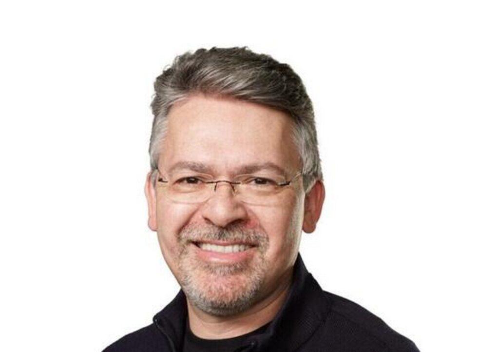 Apple Car arriva al comando il manager John Giannandrea