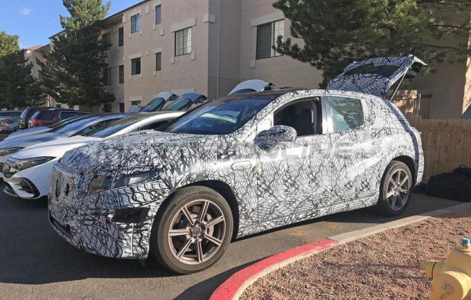 Mercedes EQS SUV - Foto spia 07-05-2021
