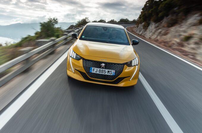 Nuova Peugeot 208 eletta miglior auto d'importazione dell'anno in Giappone