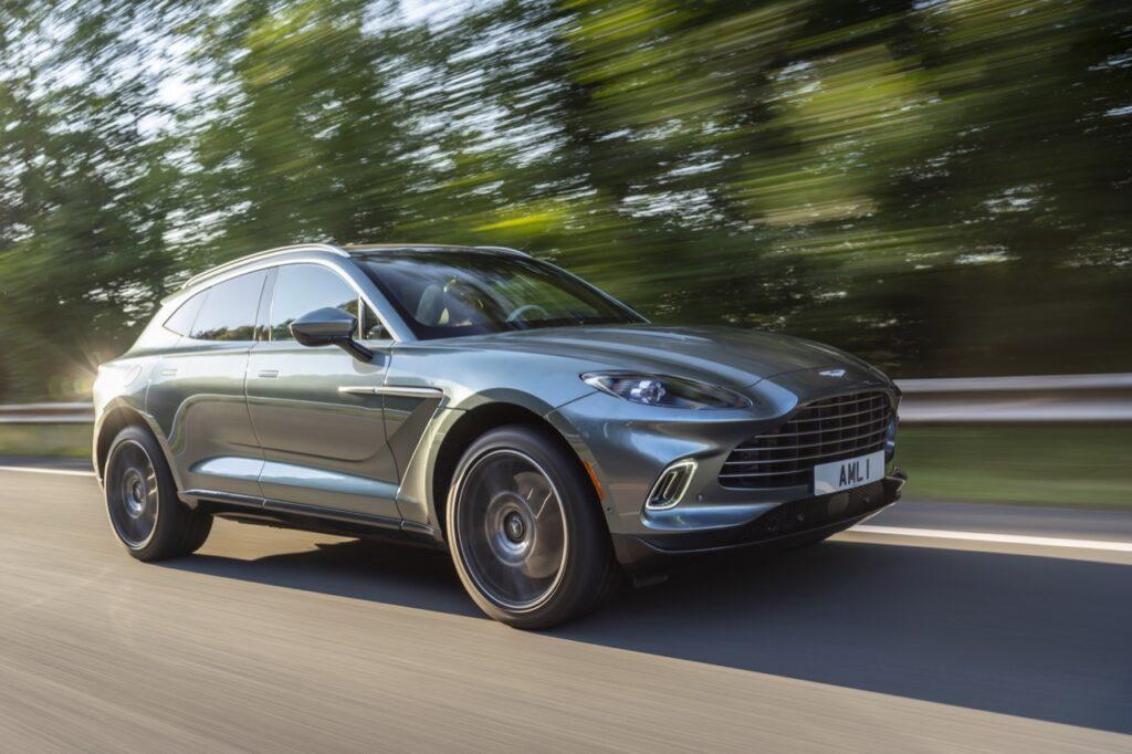 """Aston Martin: """"Continueremo a produrre motori a benzina anche dopo il 2030"""""""