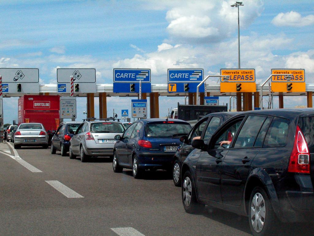 Autostrade: nessun aumento dei pedaggi fino al 31 luglio
