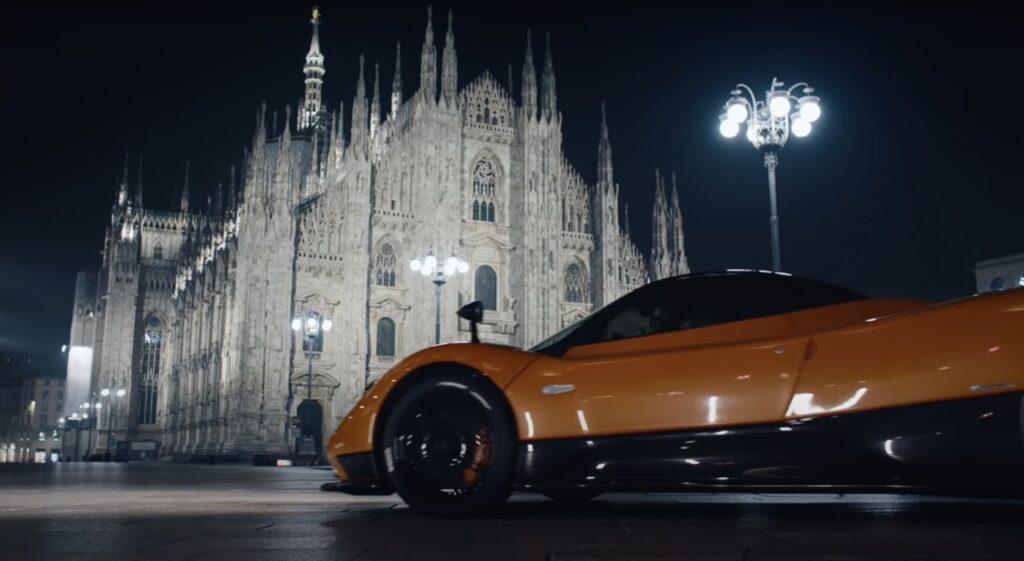 Pagani Zonda: il VIDEO da pelle d'oca con Pirelli nella Milano deserta