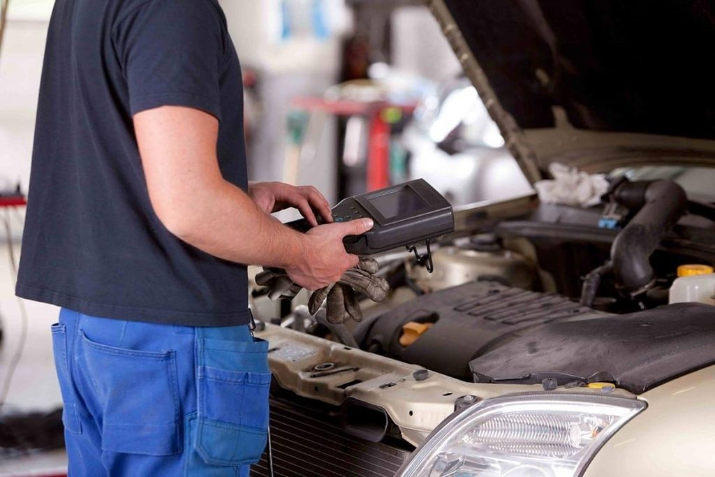 Revisione auto: c'è l'aumento, costerà quasi 80 euro dal 2021