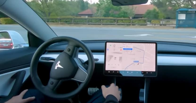Elon Musk promette: Guida Autonoma reale su Tesla nel 2021, ma…