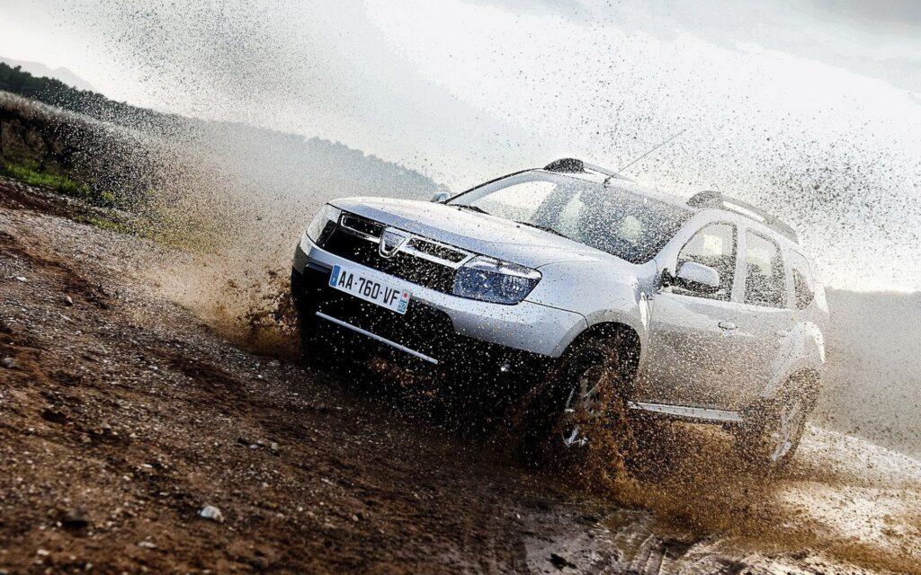 Dacia: che numeri! Tra Sandero e Duster alla conquista della fascia low-cost