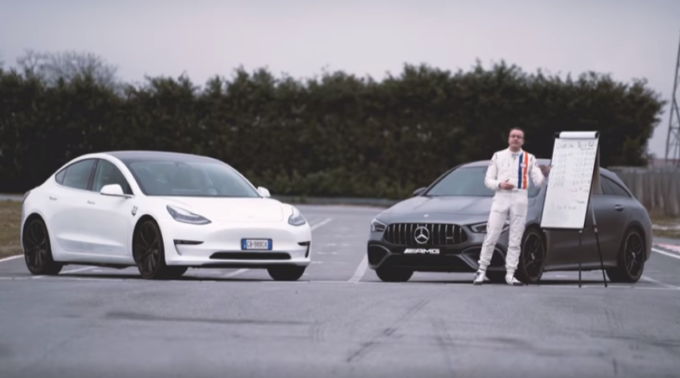 Tesla Model 3 Performance VS Mercedes-AMG CLA 45 S: il confronto in pista di Alessandro Gino [VIDEO]