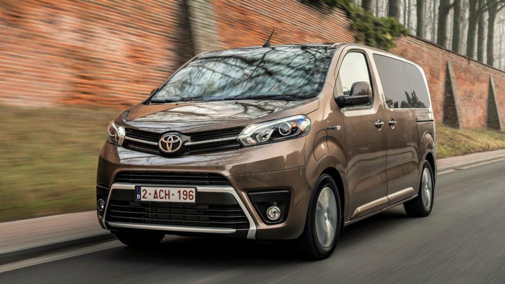 Toyota Proace Verso Electric 2021 prova su strada