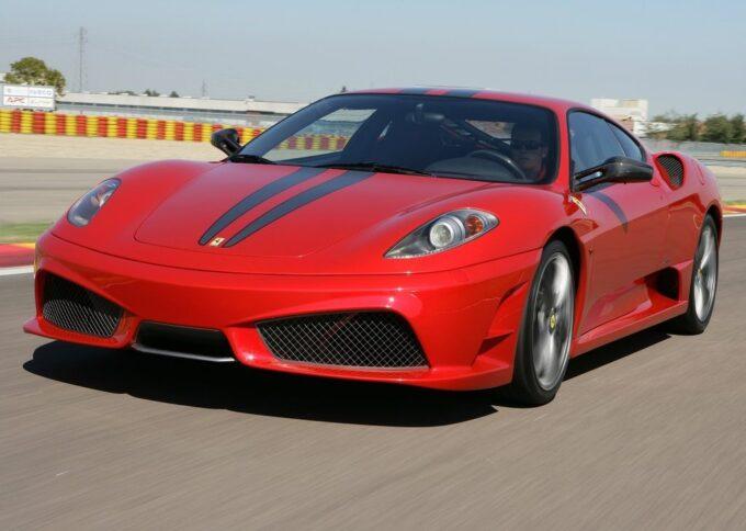 Ferrari 430 Scuderia: emozionante evergreen tra i cordoli con Alessandro Gino [VIDEO]