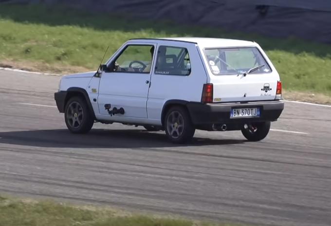 Fiat Panda: l'indistruttibile che con qualche accorgimento ti fa divertire in pista [VIDEO]