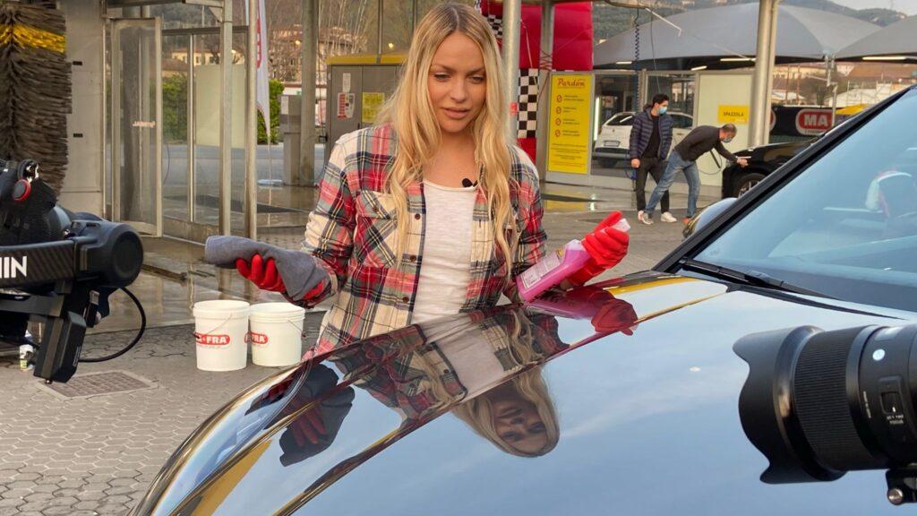 MaFra, i consigli sul lavaggio dell'auto in onda in tv con Stop&Go su Rai 2 [VIDEO]