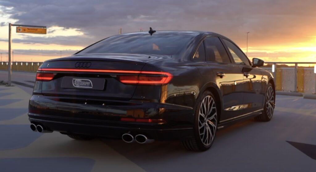 Audi S8 2021: viaggiare in top class ma con un V8 biturbo da 571 CV [VIDEO]