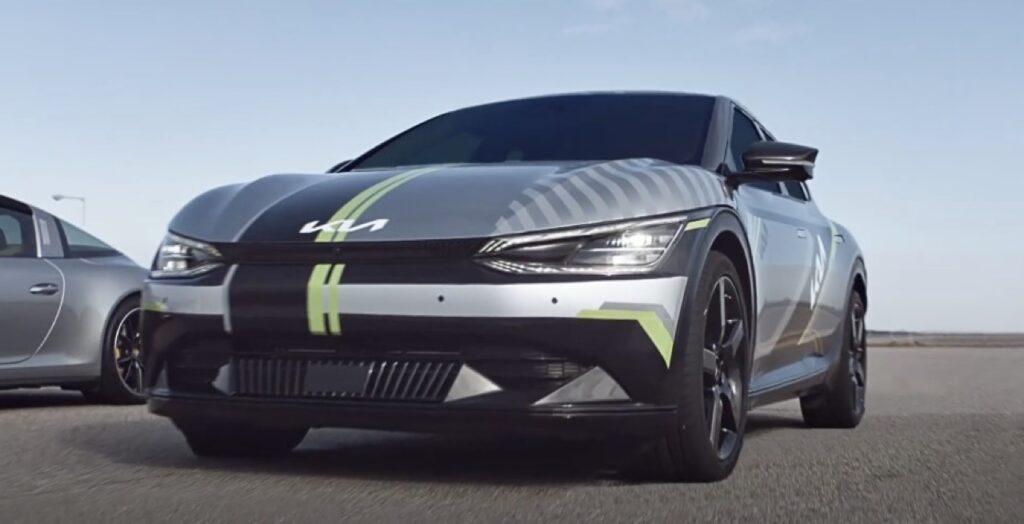 Kia EV6: il crossover elettrico che batte Ferrari, Lamborghini, Porsche e McLaren [VIDEO]