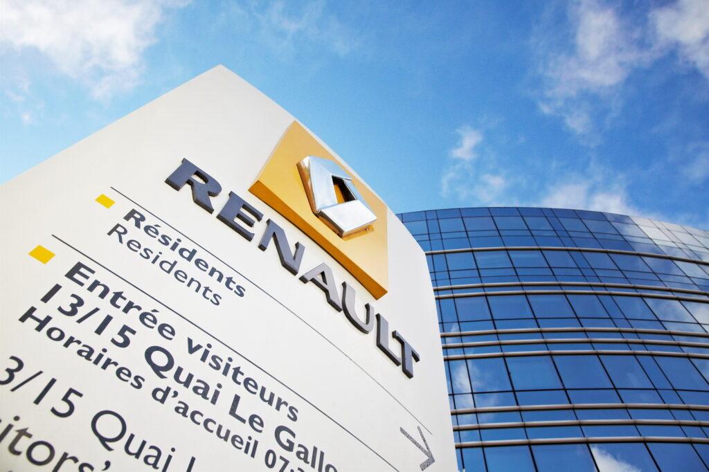 Renault: la velocità delle auto sarà limitata elettronicamente a 180 km/h