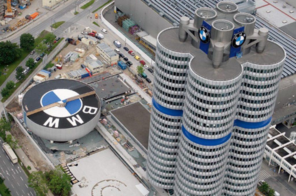 BMW: Zipse mette in guardia sull'addio all'endotermico