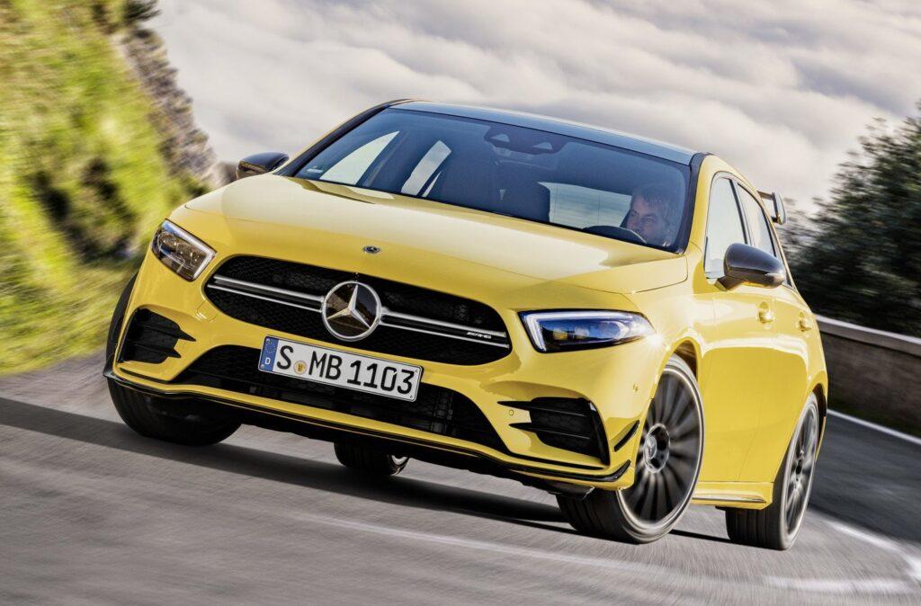 Mercedes-AMG A 35: l'entry-level AMG che sa il fatto suo. La prova di Alessandro Gino [VIDEO]