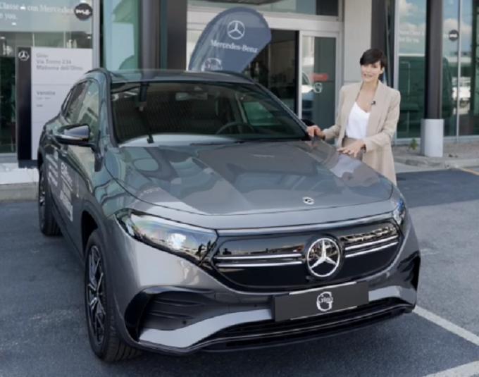 Mercedes EQA: Alice Sabatini conquistata dal nuovo SUV compatto elettrico [VIDEO]