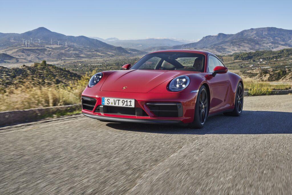 Porsche 911 GTS 2021
