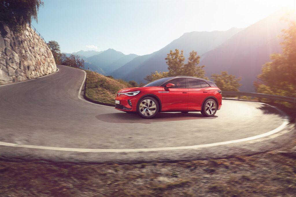 "Volkswagen ID.4 GTX risponde ""presente"" al Milano Monza Open-Air Motor Show [VIDEO LIVE]"