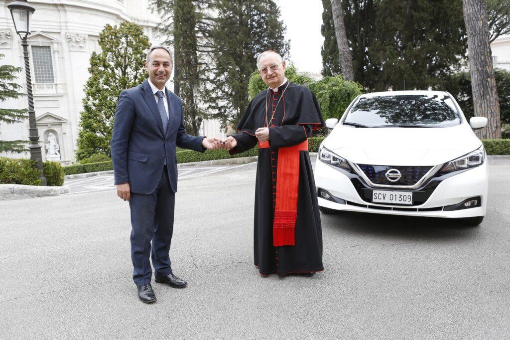 Nissan Leaf: la vettura 100% elettrica per la Città del Vaticano