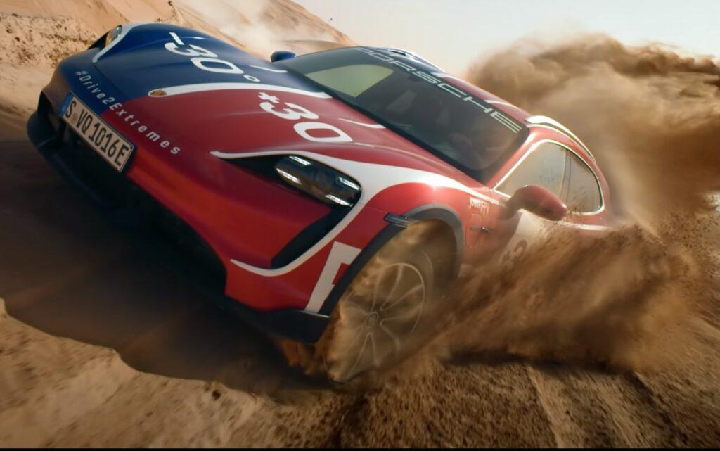 Porsche Taycan Cross Turismo: il VIDEO nel deserto e sulla neve